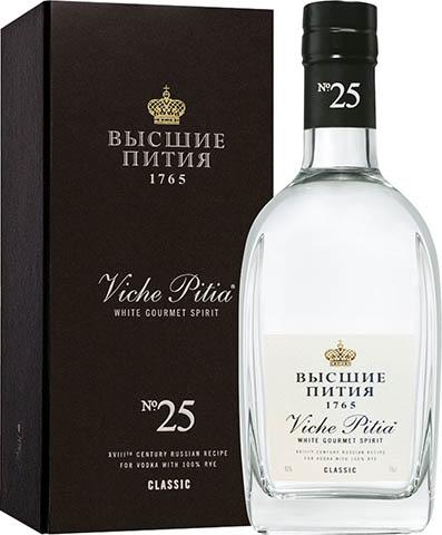 VICHE PITIA CLASSIC 0,7L 40%  GIFT BOX